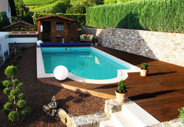 schwimmbad schwimmbad planen schwimmbad bauen. Black Bedroom Furniture Sets. Home Design Ideas